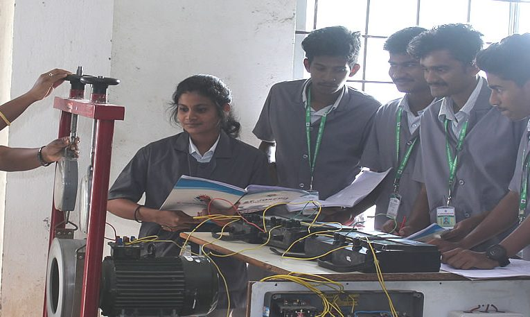 Diploma in Electrical & Electronics Engineering